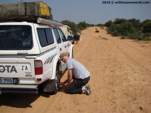 Deflating tyres for the sand